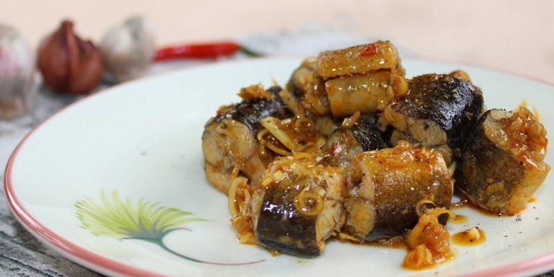 Lươn xào lăn là món ăn cần nguyên liệu đơn giản
